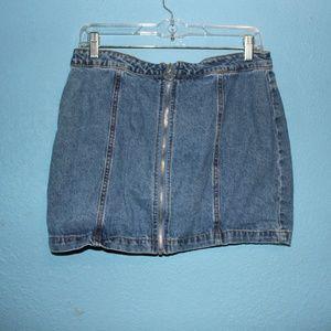 Forever 21 Front Zipper Denim Mini Skirt - Size 8